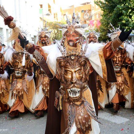 Moros i Cristians de Villena, la más participativa que existe