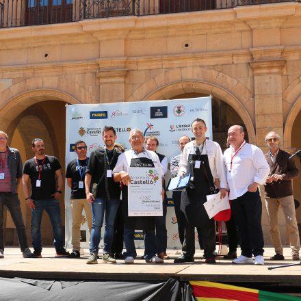 Arrocito de Castelló consquita la Plaça Major